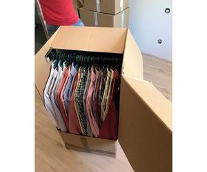 Cajas para el transporte de ropa con percha