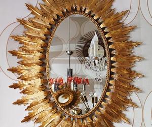 Magnifico espejo de forja restaurado.