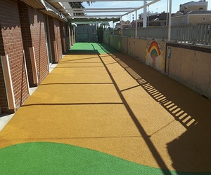 Galería de Pavimentos para parques infantiles en Quart de Poblet | Pavimentos de Caucho