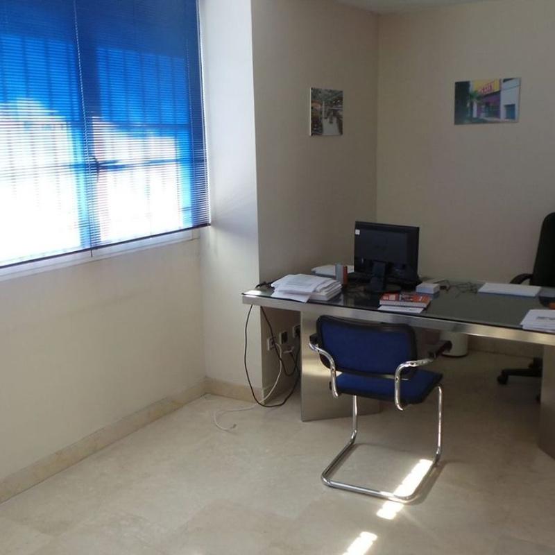 Edificio de uso mixto en venta Puerta de Abajo, Alpedrete: Inmuebles de Copun Inmobiliaria