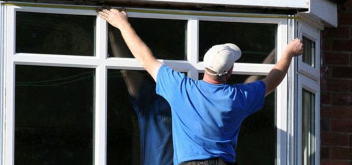 Cerramientos de terrazas y balcones: Productos y servicios  de Dibal A.D.E., S.L.