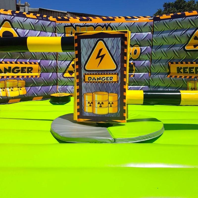 Eliminator octogonal nuclear 2 entradas : Catálogo de Hinchables Happy Jump