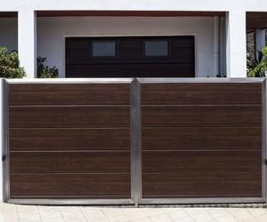 Puerta Automatica en Acero y panel