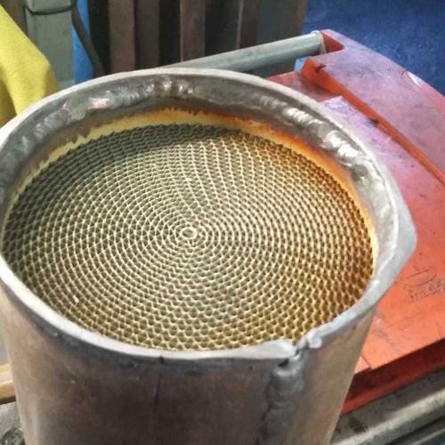 Se limpian filtros d particulas y catalizadores Se ponen flexibles nuevos Se ponen ceramicas nuevas de catalizadores y filtros d particulas