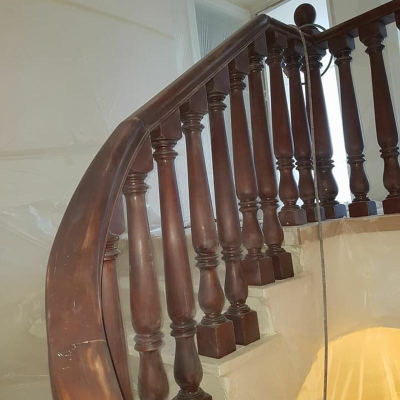 Barnizado y lacado de muebles y puertas: Servicios y trabajos de DRM Siglo XXI