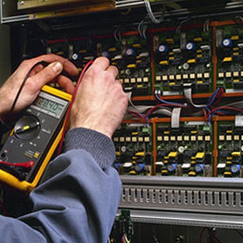 Facility Management / Mantenimiento de edificios y locales: Servicios técnicos de Acción Servicios