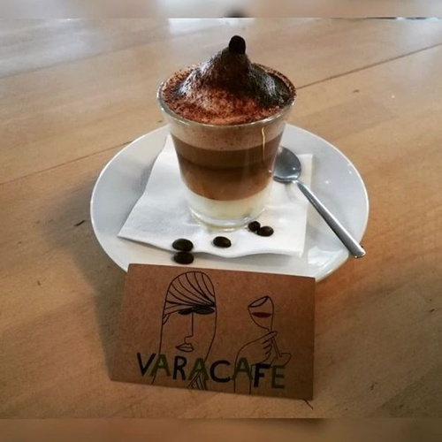 Cafetería con una amplia oferta en desayunos en Burgos