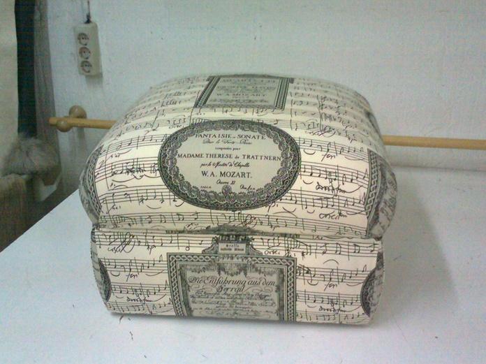Sillas, silloncitos y auxiliares: Catálogo y servicios de Jofrán Tapicería
