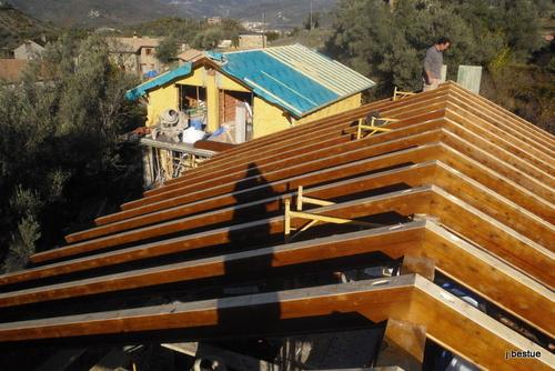 Estructura de tejado en madera