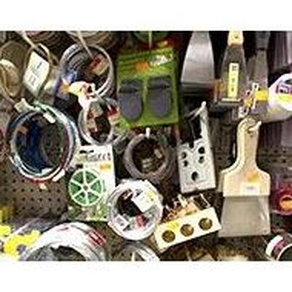 Ferretería doméstica: Productos y servicios de Ferretería Cid Piscinas
