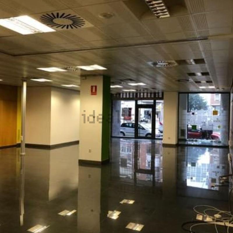 Local en Avenida Navarra, totalmente instalado, listo para entrar: Inmuebles de Fincas Goya