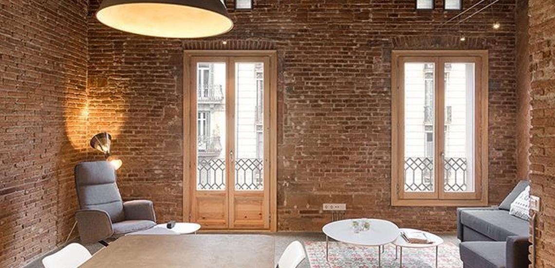 Reformas de oficinas en L'Eixample de Barcelona con diferentes acabados