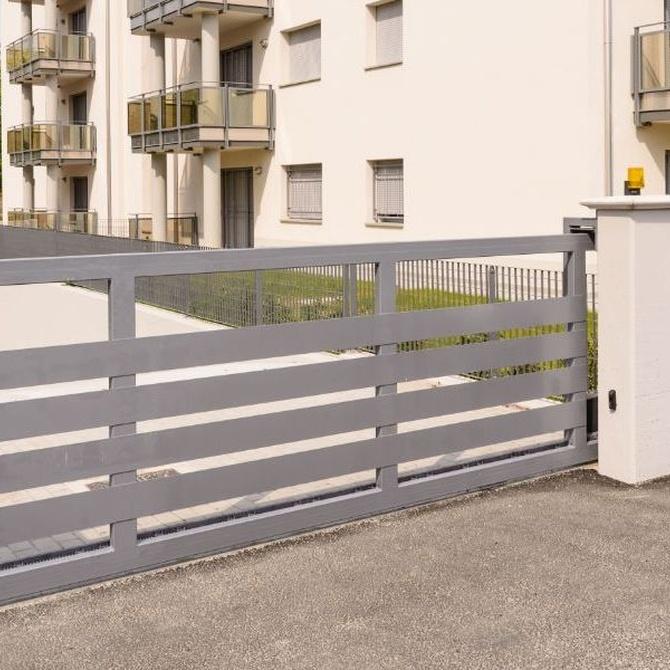 El mantenimiento de las puertas metálicas