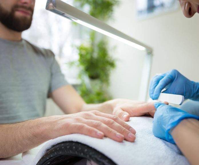 Manicura y pedicura: Tratamientos de Estética Sonia Telles