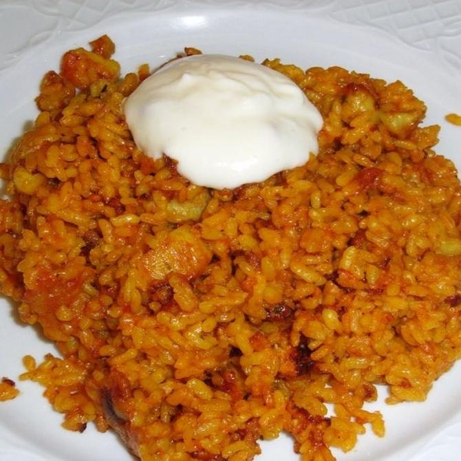Platos exquisitos elaborados con arroz