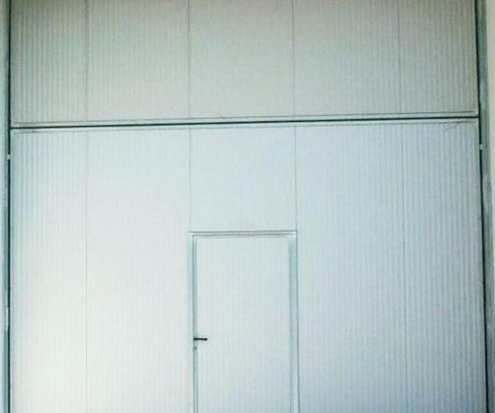 Puerta basculante preleva cortafuegos Farem Vesta EI2-90