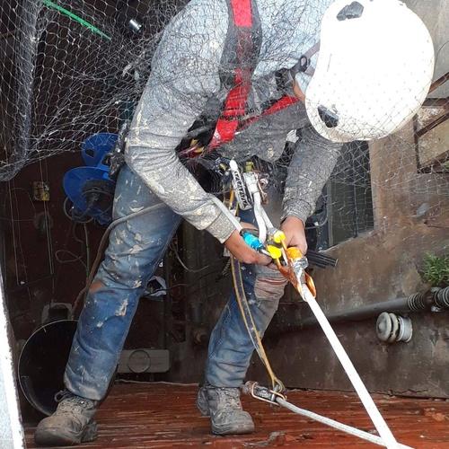 Empresas de trabajos verticales Santander | Fachadas Arlberg