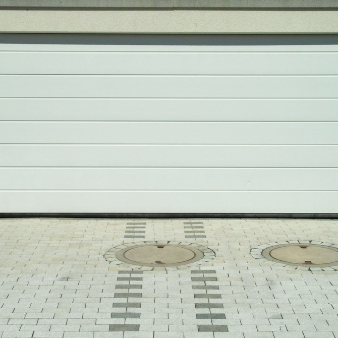 Cómo elegir una puerta automática para tu garaje