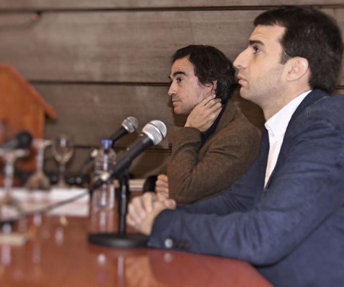 Mesa coloquio. Dr. Francisco Lorenzo y Dr. Javier Goti.