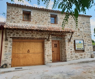 Construcción de casas con materiales y de la forma tradicional