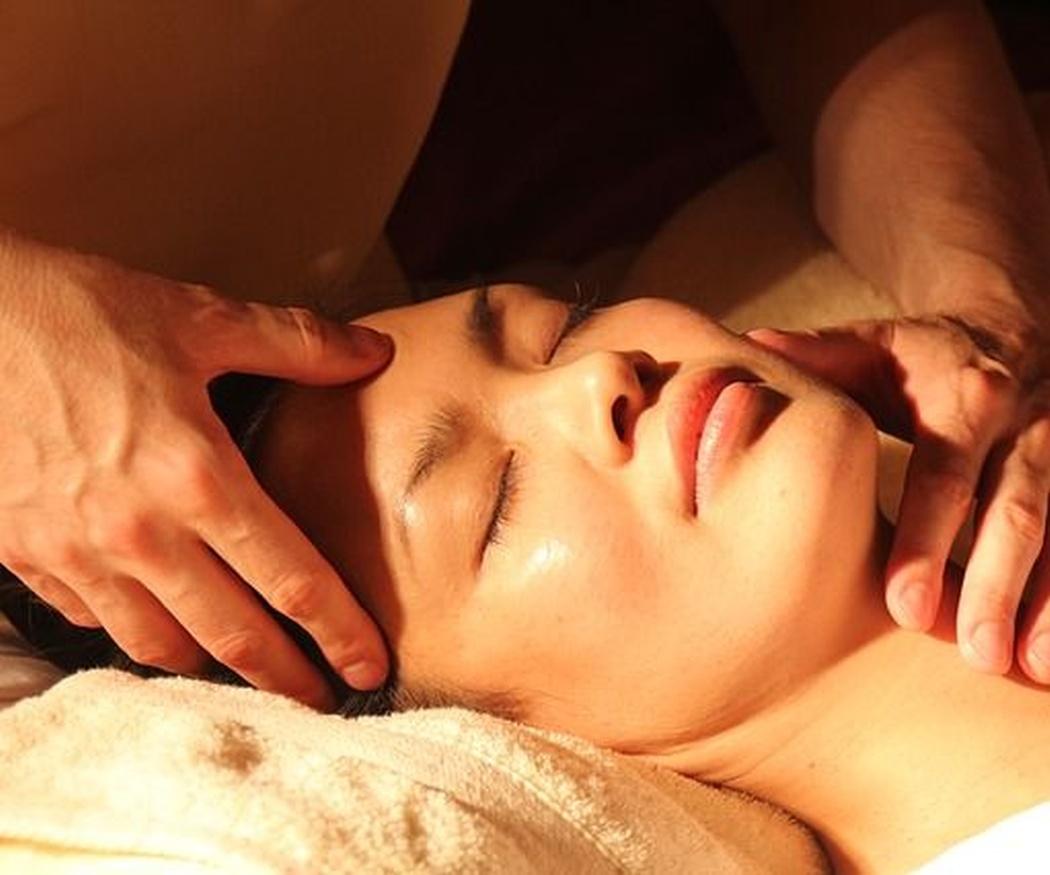Beneficios del masaje facial