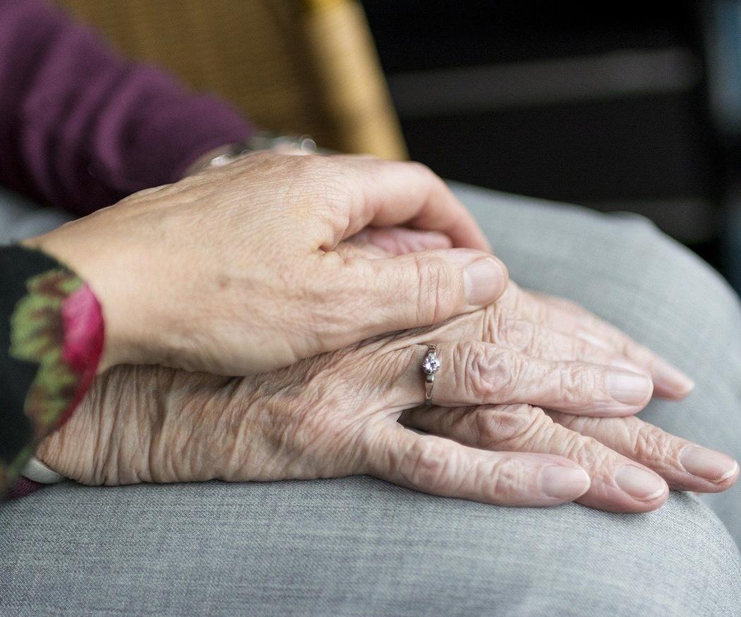 Las residencias de ancianos como remedio contra la soledad