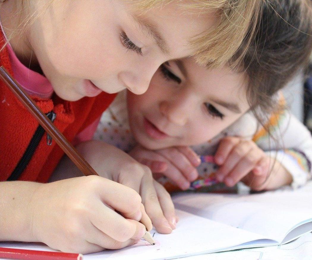 Razones para inscribir a tus hijos en clases de inglés