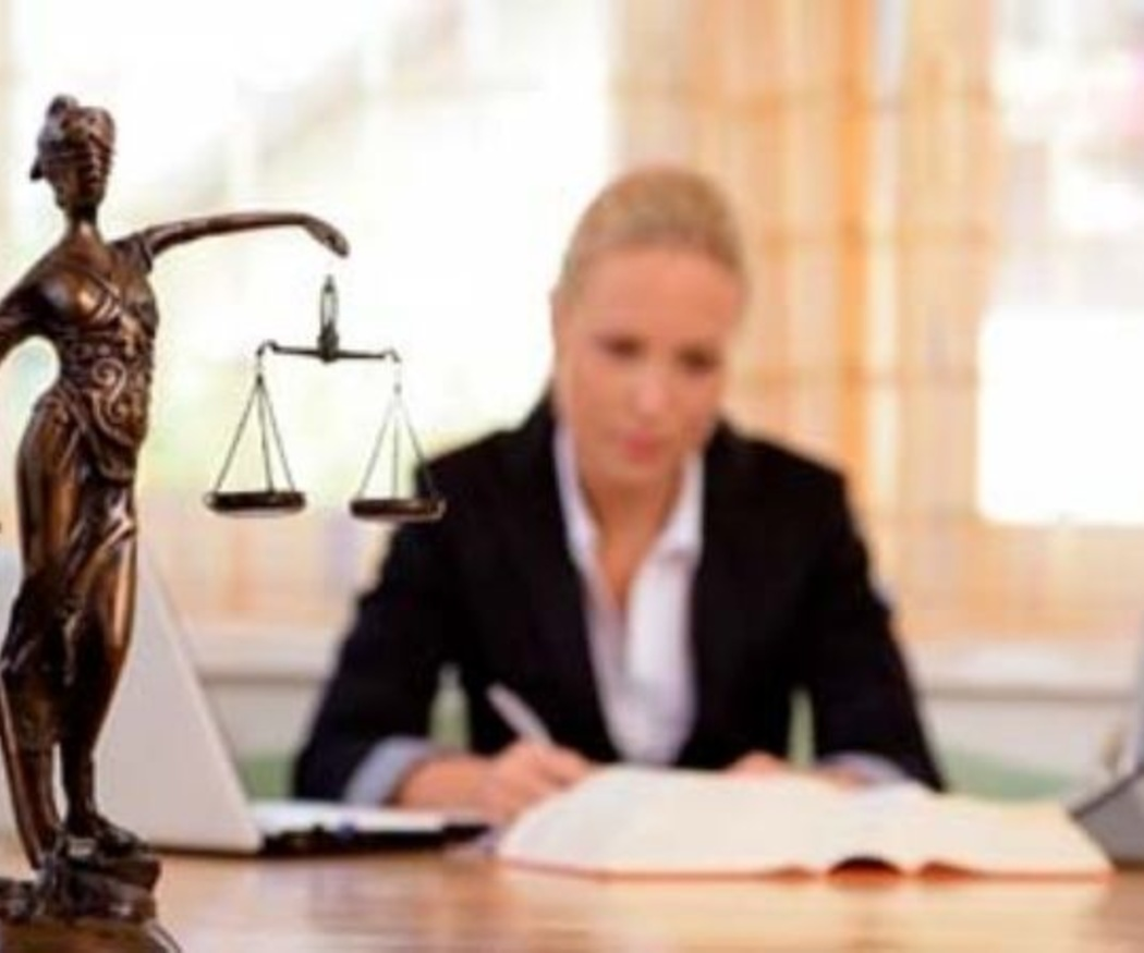 ¿En qué campos actúa el Derecho Laboral?