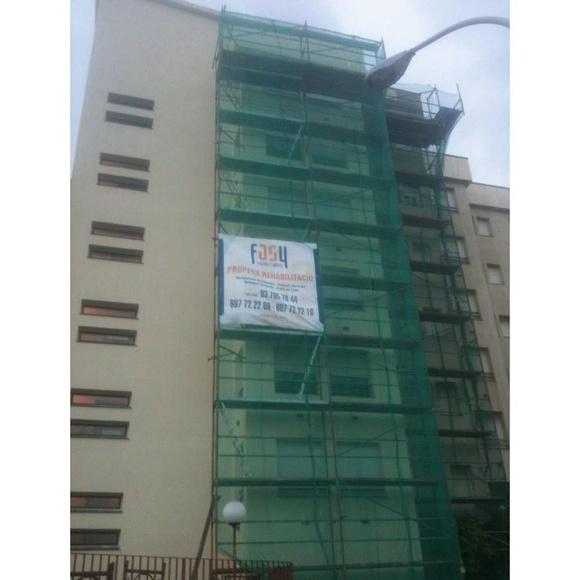 Rehabilitación de edificios, pisos y locales: Servicios de Rehabilitació de Façanes Synera