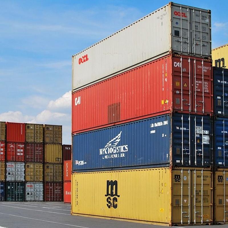 Taller y depósito de contenedores: Servicios de Grupo Logístico Castillo