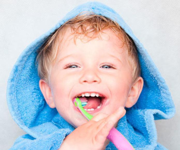 Odontopediatría: Servicios & Tratamientos de Eurodent Clínica Dental