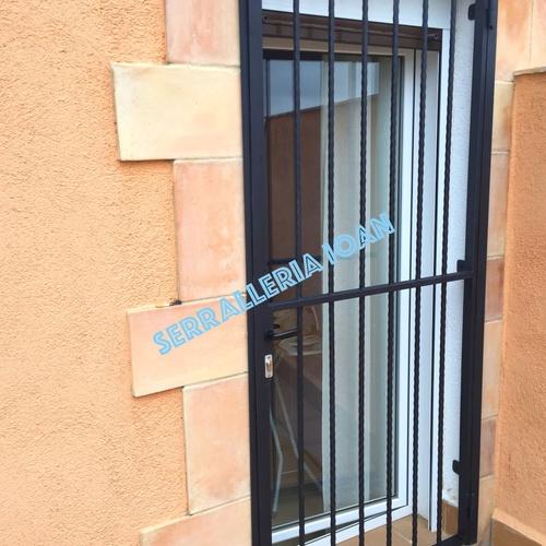 Automatización puerta garaje Torredembarra | Serrallería Ioan