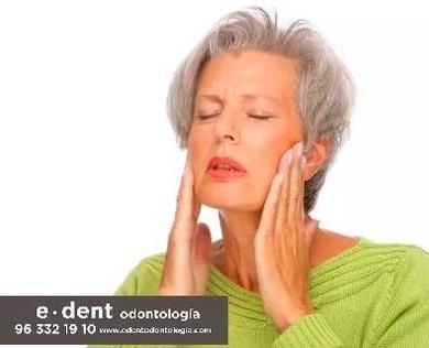 Cómo afecta el envejecimiento a la salud bucal