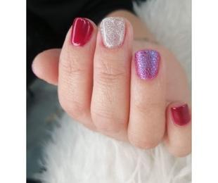 Curso de decoración de uñas semipermanentes
