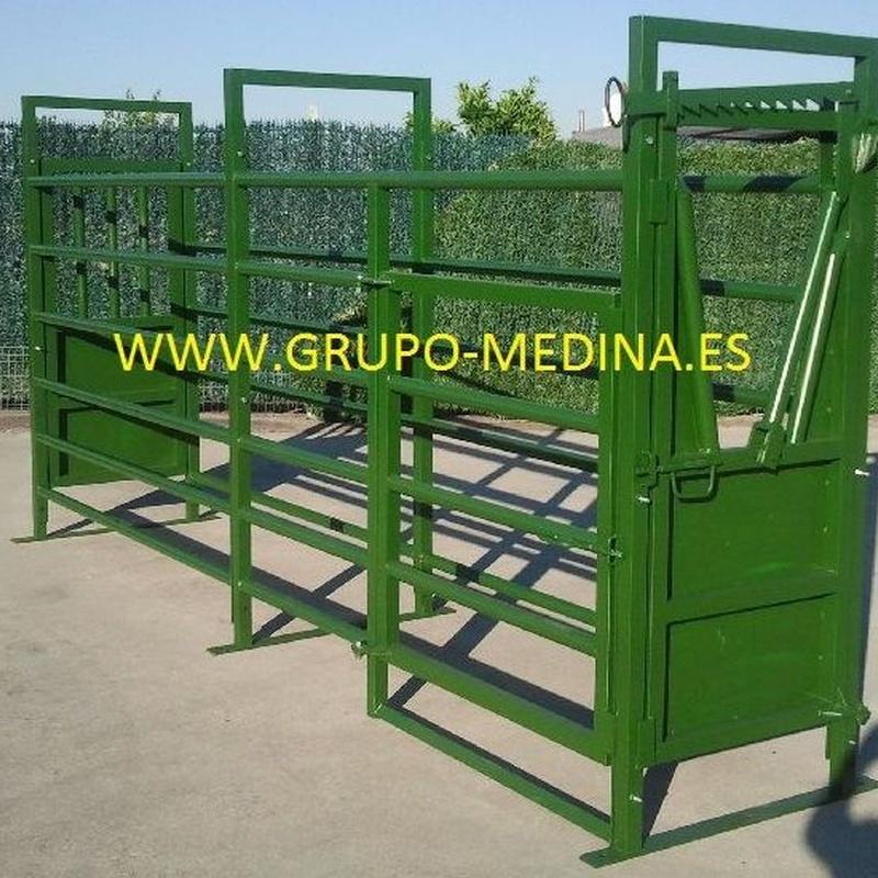 MANGA DE VACUNO CON CEPO: NUESTROS PRODUCTOS de Grupo Medina