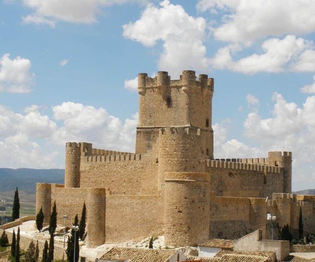 Ruta en bus por los castillos de la Comunidad Valenciana
