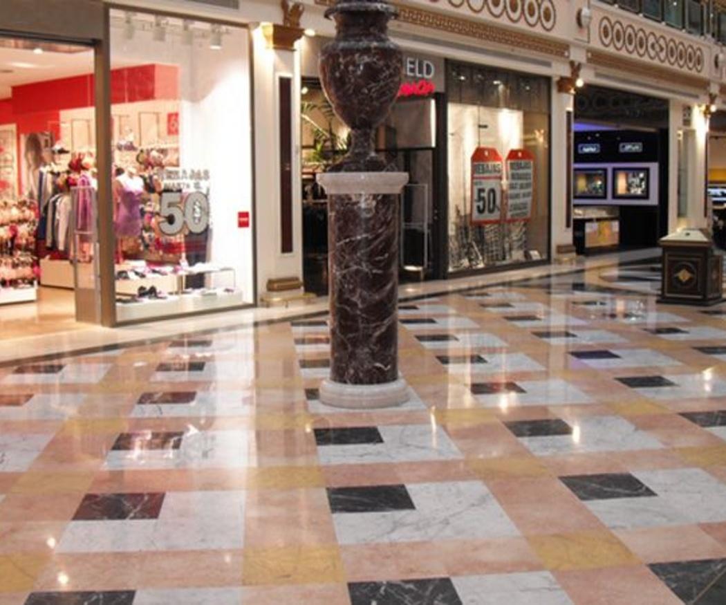 Particularidades de la limpieza en centros comerciales