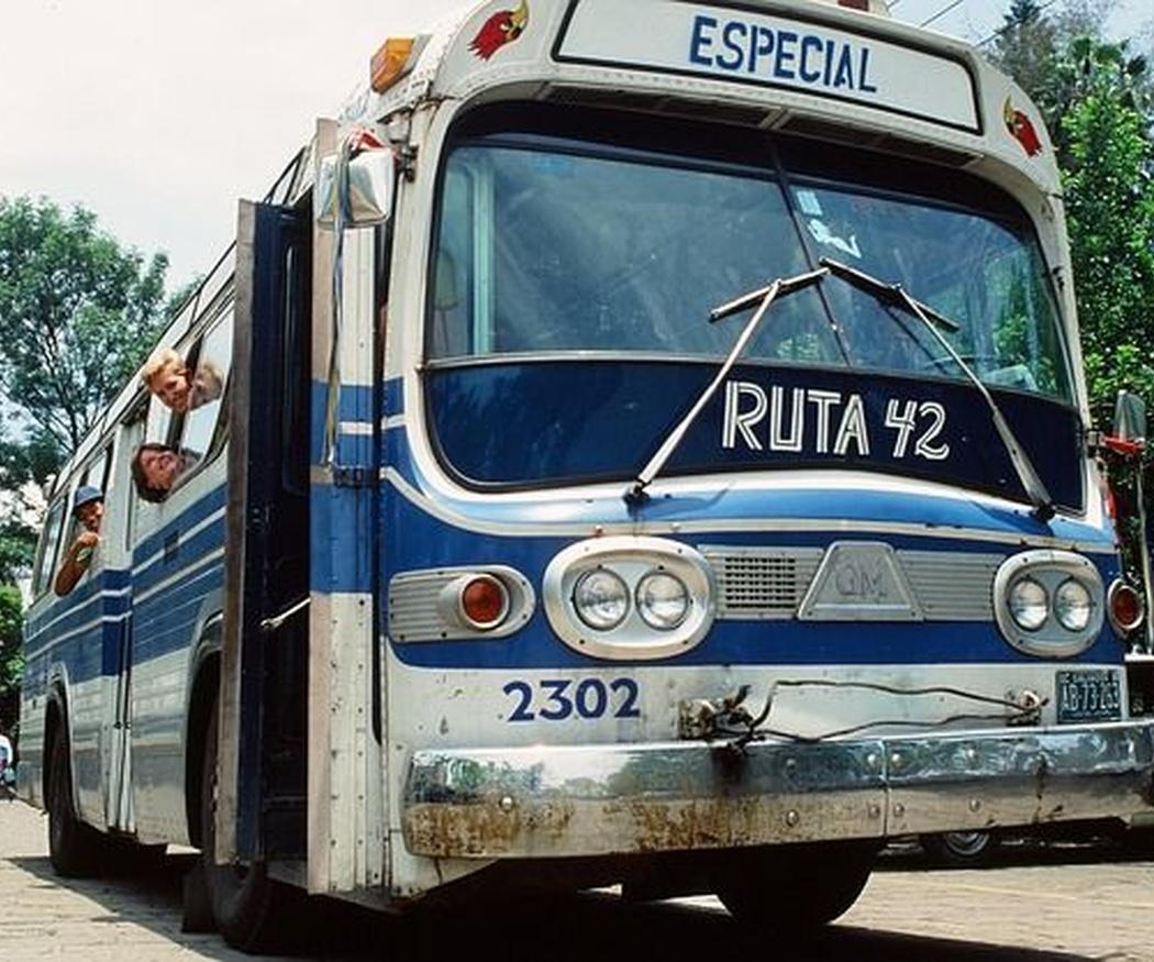 Los primeros pasos del autobús