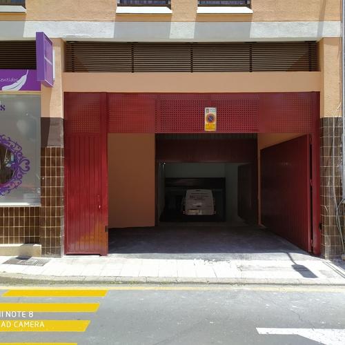 Puertas para naves industriales en Tenerife