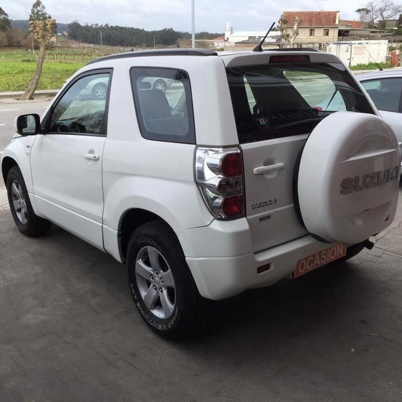 Suzuki Vitara 1.9 DDIS JXE 129CV:  de Ocasión A Lagoa