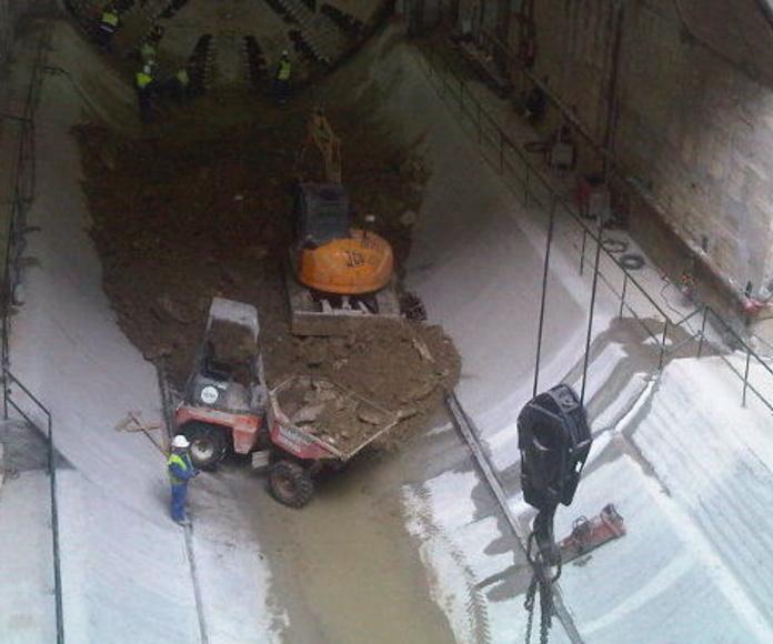 Contenedores para escombros: Servicios de Movimientos de Tierra Ercon