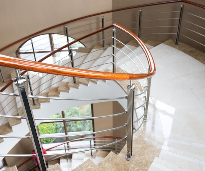 Escaleras: Mármol y granito de Gramaroda