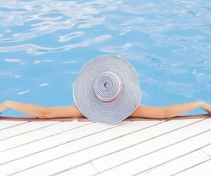 Cómo mantener tus oídos sanos en vacaciones