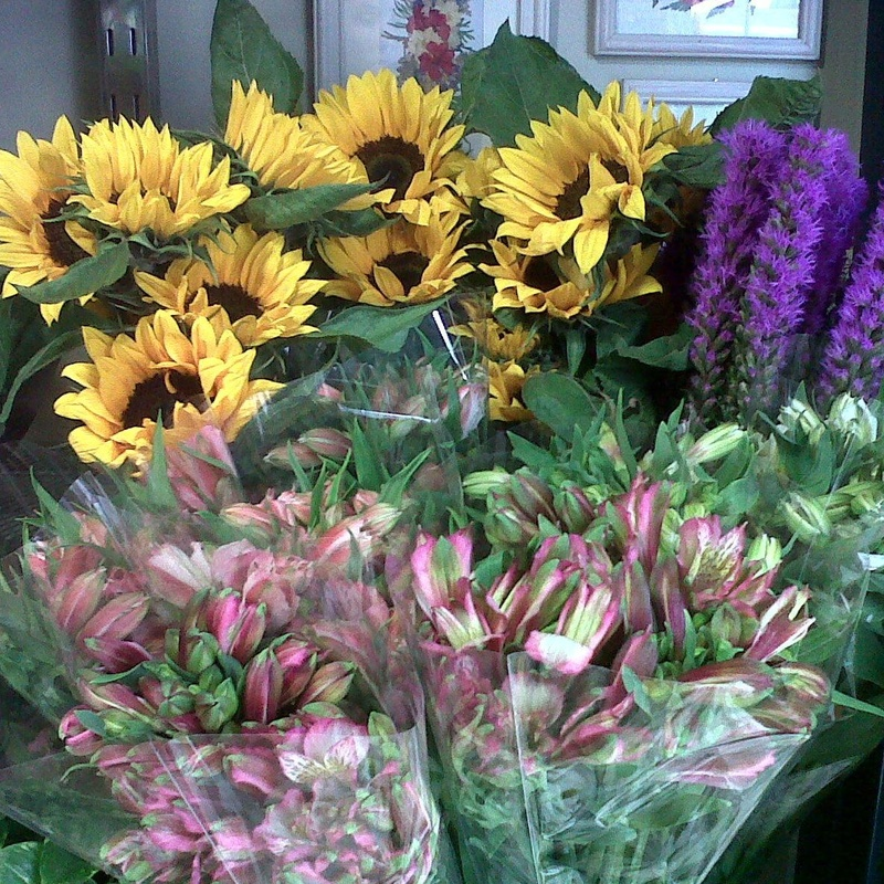 Amplia variedad de flores naturales.
