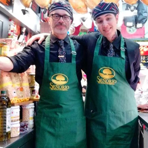 Charcuterías en  | Comestibles y Salazones Paco y Mari