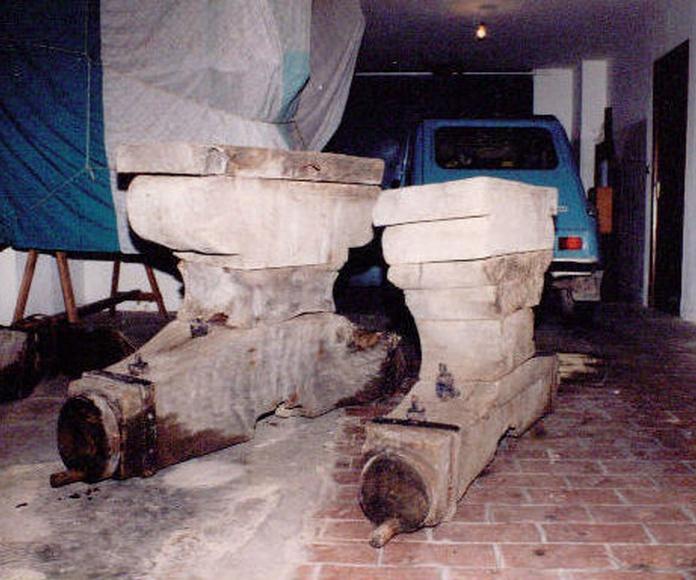 L'Alqueria de la Comtessa - Los yugos en el almacén que se habían guardado