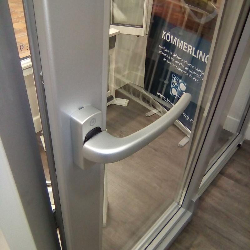Puertas de PVC oscilantes paralelas: Catálogo de Alféizar