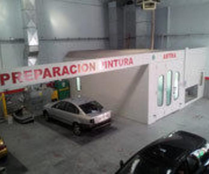 Chapa y pintura: Servicios de taller de Talleres Sanburauto
