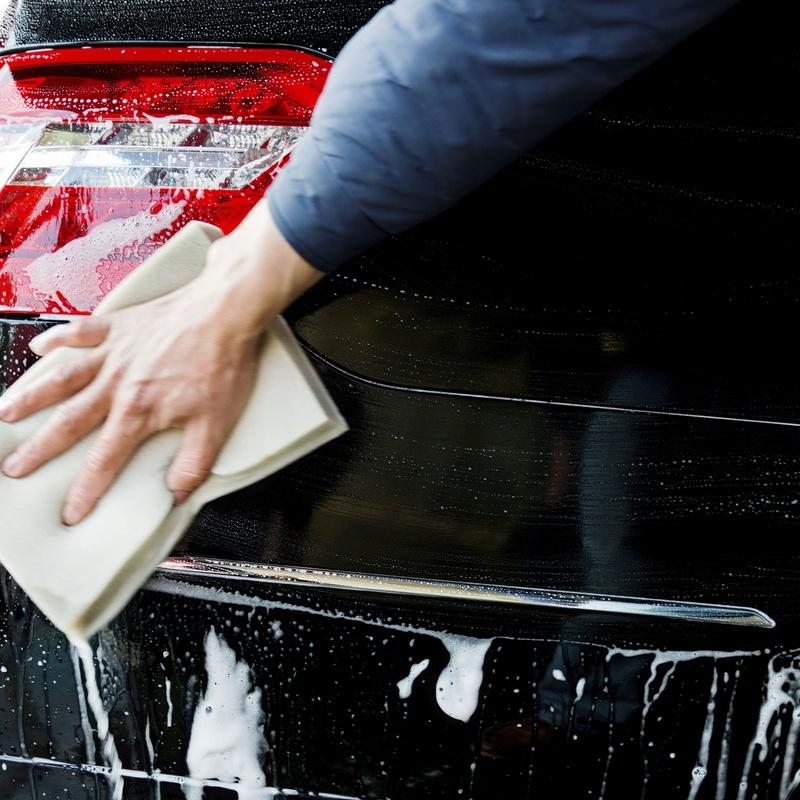 Lavado manual: Productos y servicios  de Estación de Servicio Solbas