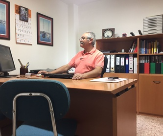 Multilingue: Servicios de Instalaciones Eléctricas Ramón Torres